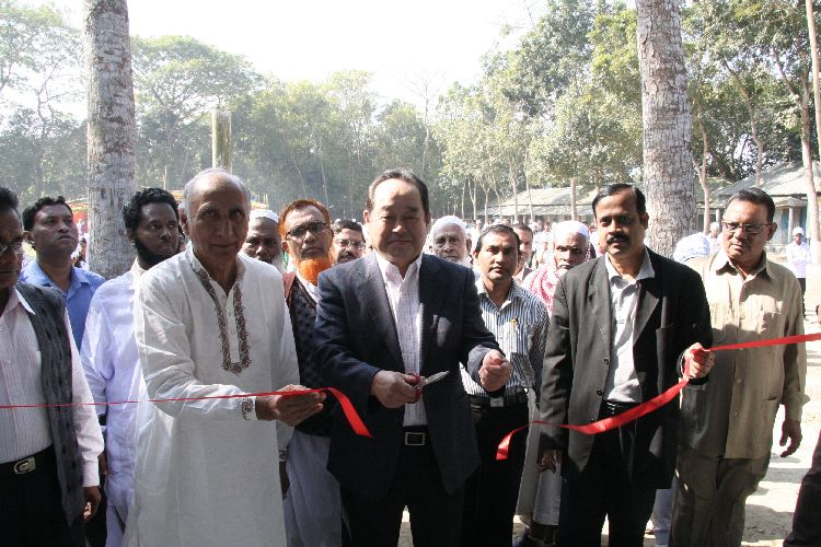 The Opening Ceremony of New School Building at Al Haj Dr  A